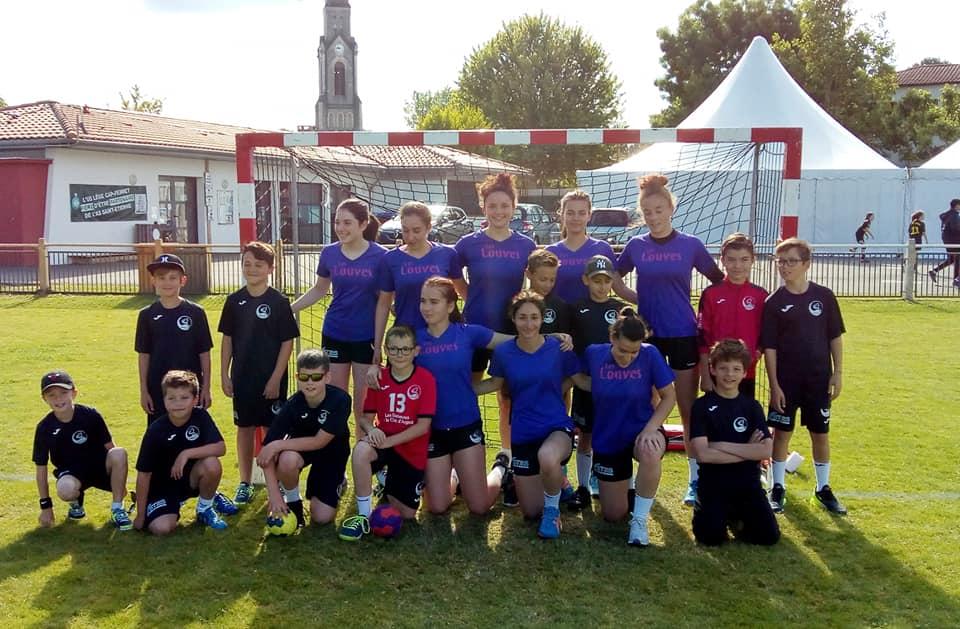 La meute du SLHB aux tournois de Bruges et Lège